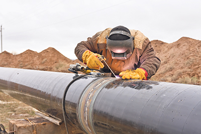 Accessing overseas markets for Canada's oil and gas resources depends on new infrastructure like pipelines to the coast. ISTOCKPHOTO.COM