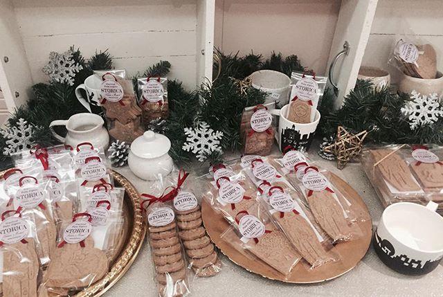 Dernière journée au #Marchecassenoisette pour venir chercher des #painsdepices pour vos #basdenoel !! #gingerbread #storica