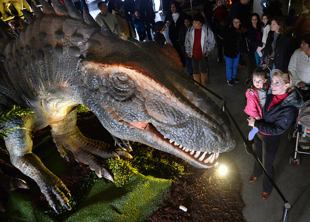 Image of: Jurassic Quest Brings You Dinosaur Adventure For The Whole Family The Main Dinosaur Exhibit Features Ultrarealistic Lifesize Animatronic Dinosaurs Champaign County Down Syndrome Network Jurassic Quest Down Syndrome Network