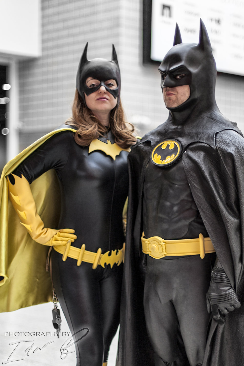 batman and batgirl.jpg