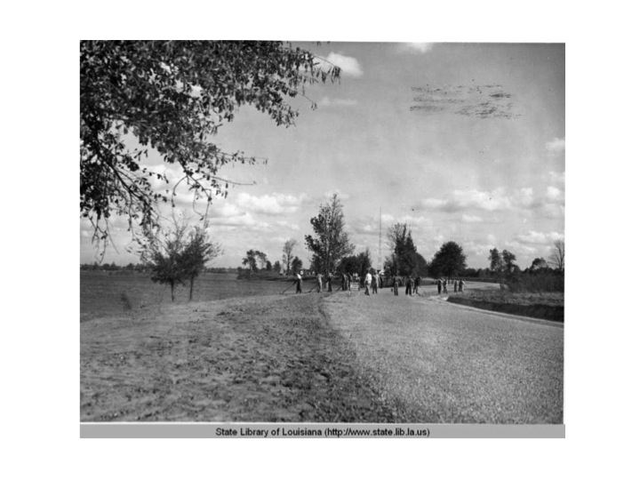 A road around the lakes is graded by WPA employees around 1936.