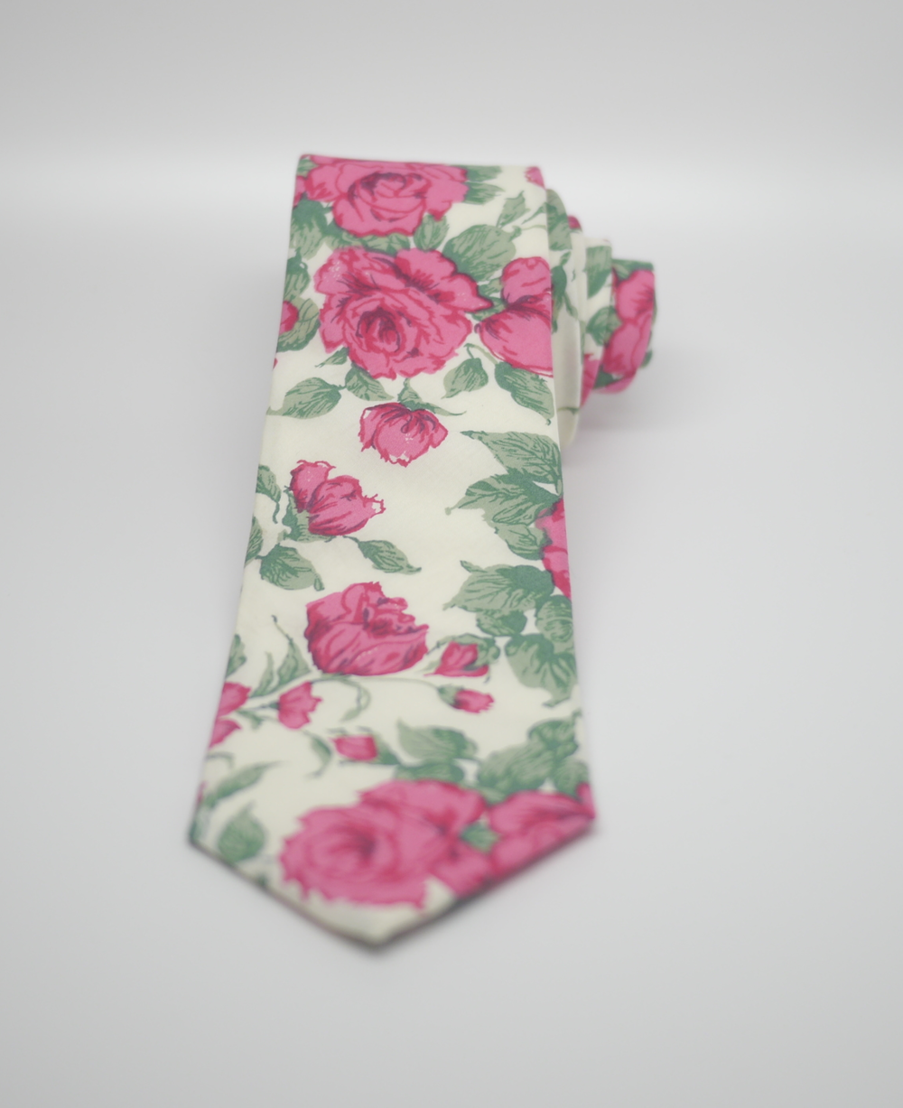 LIBERTY OF LONDON TIE In CARLINE ROSEPRINT