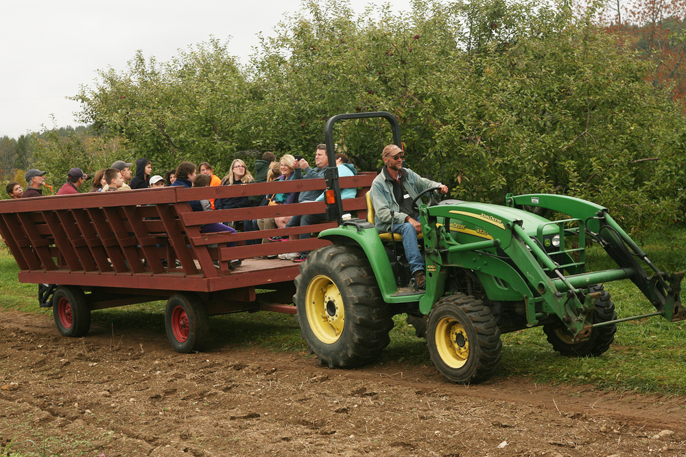 Enjoy a Wagon Ride Around The Orchard This Weekend!