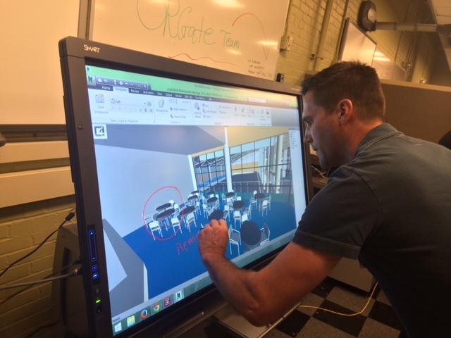 Scott Laufer from SMART Technologies showcasing the Autodesk Navisworks integration.