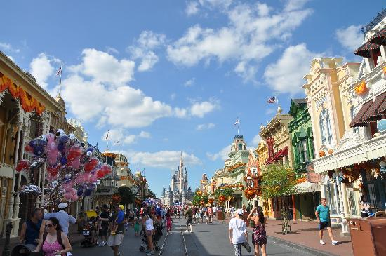 The Happiest Place On Earth? Disney World's Magic Kingdom Main Street defines one of the fist simulated cities