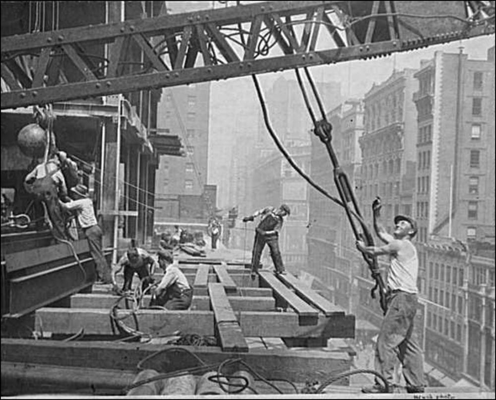 Empire State Building (1930): Looking back, one can only marvel at the project's effective,low-tech delivery.