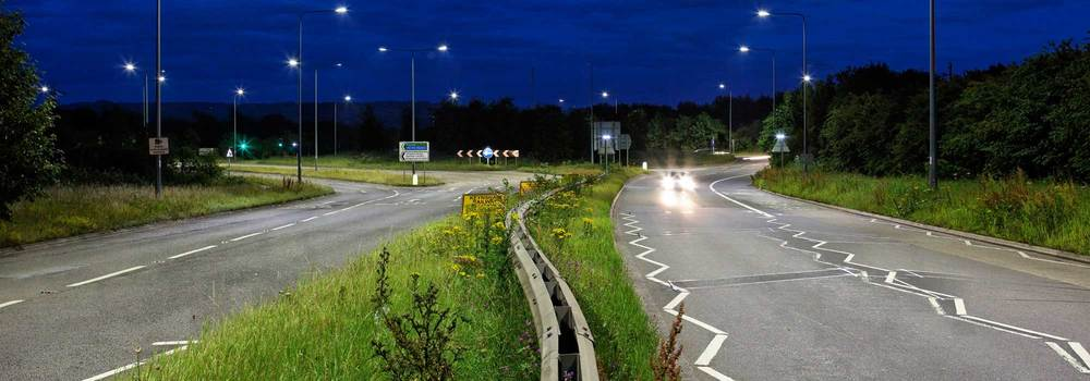 Hicks Gate Roundabout illuminated in 2011 by Britain's first LED-powered streetlights. (Photo: Philips)