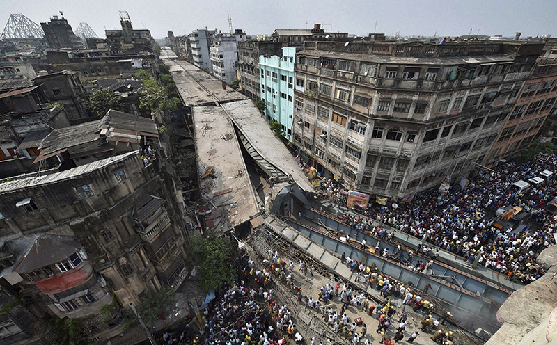 Kolkata, India: The March 31 flyover collapse killed 26 and injured more than 100. (Photos: The Wire)