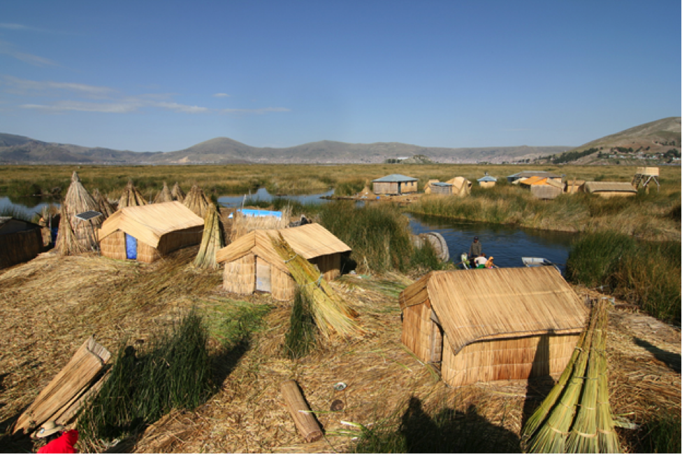 The ancient floating island communities of the Uros on Lake Titicaca. Source: Cmunozjugo - Emre Safak, CC BY-SA 3.0
