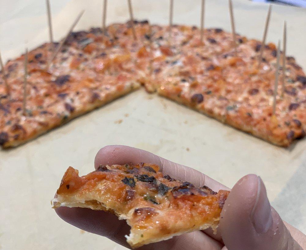 Cauliflower Pizza.jpg