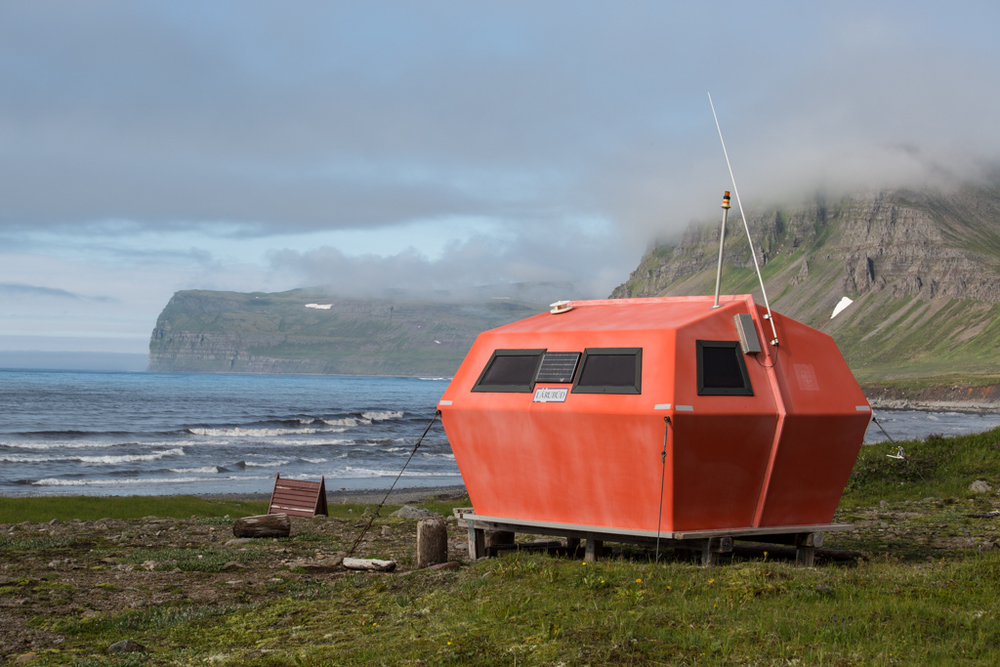 Emergency shelter in Hornstrandir