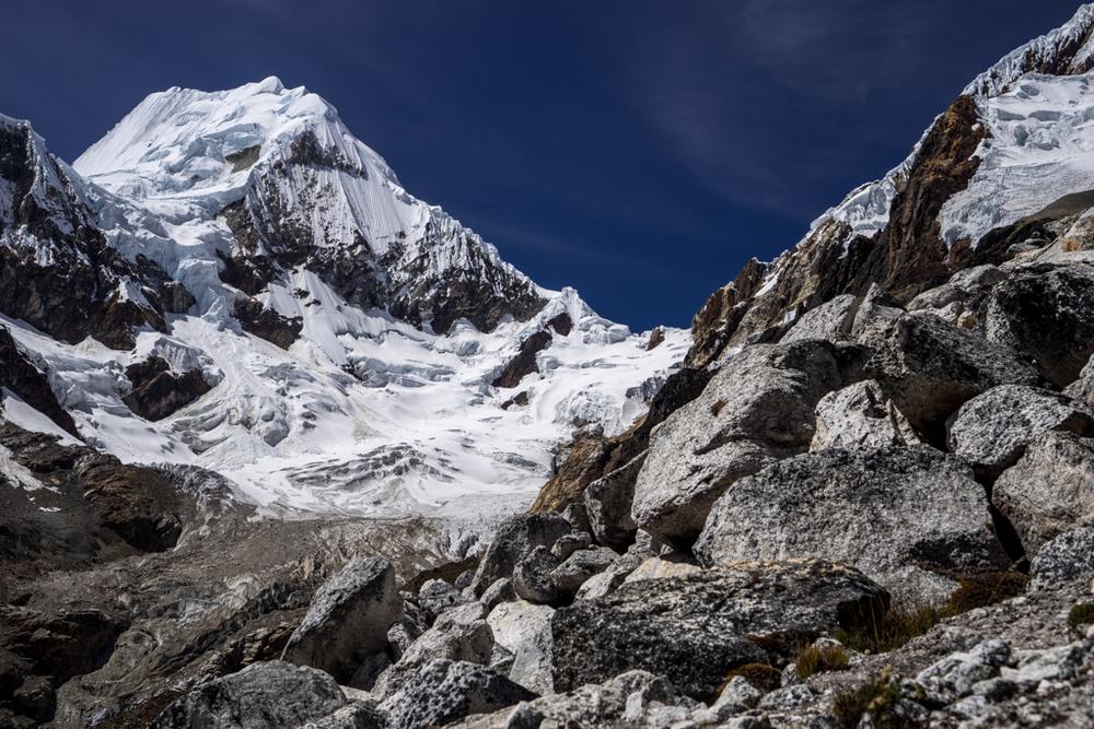 Alpamayo from 4800m
