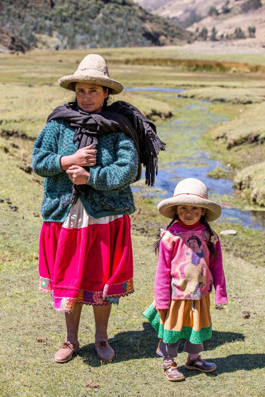 On the Alpamayo circuit in Peru