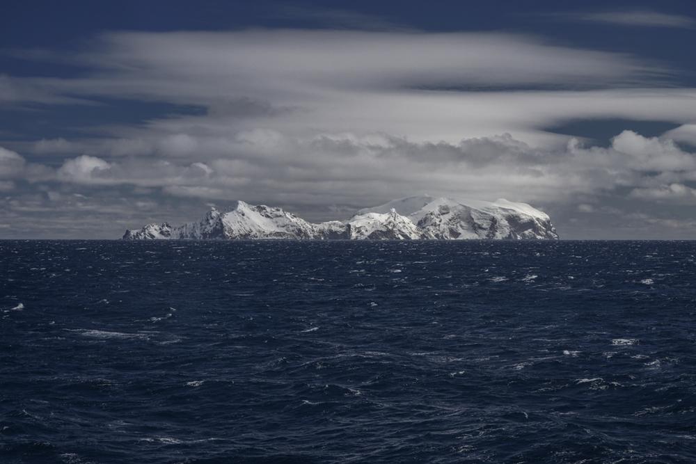Island in the arctic ocean