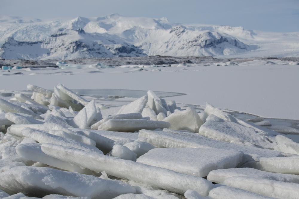 Icefloats and a frozen Jökulsarlon
