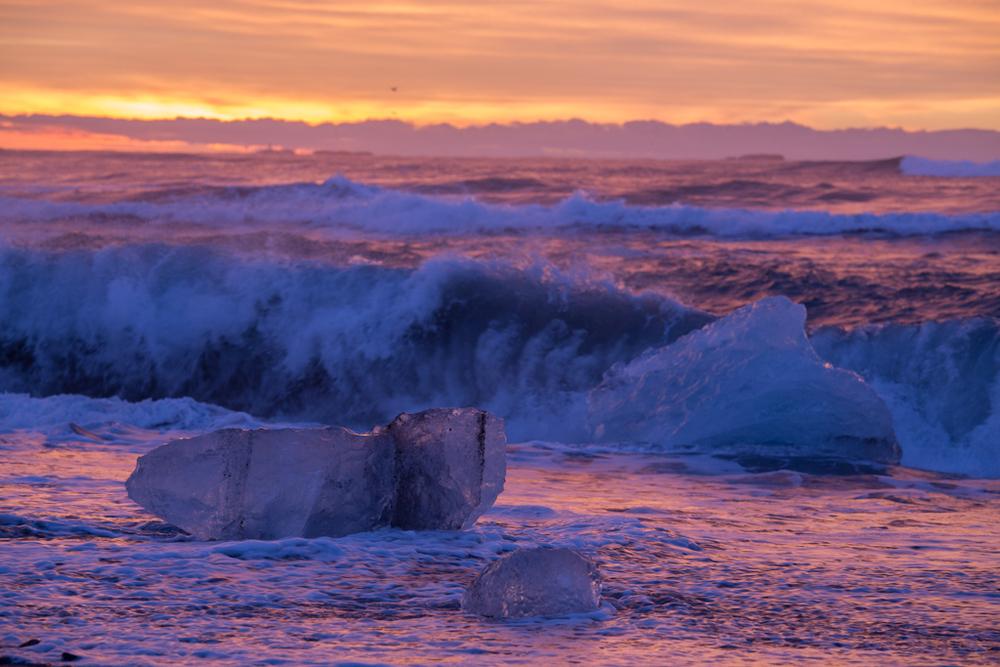 Icebergs in the Atlantic Ocean