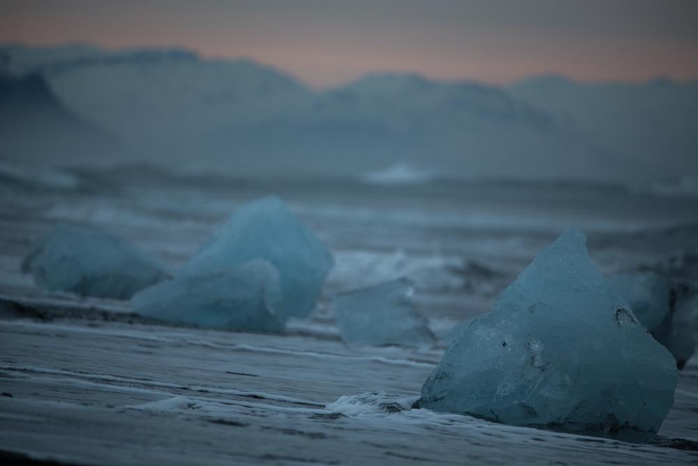 Endless blocks of ice