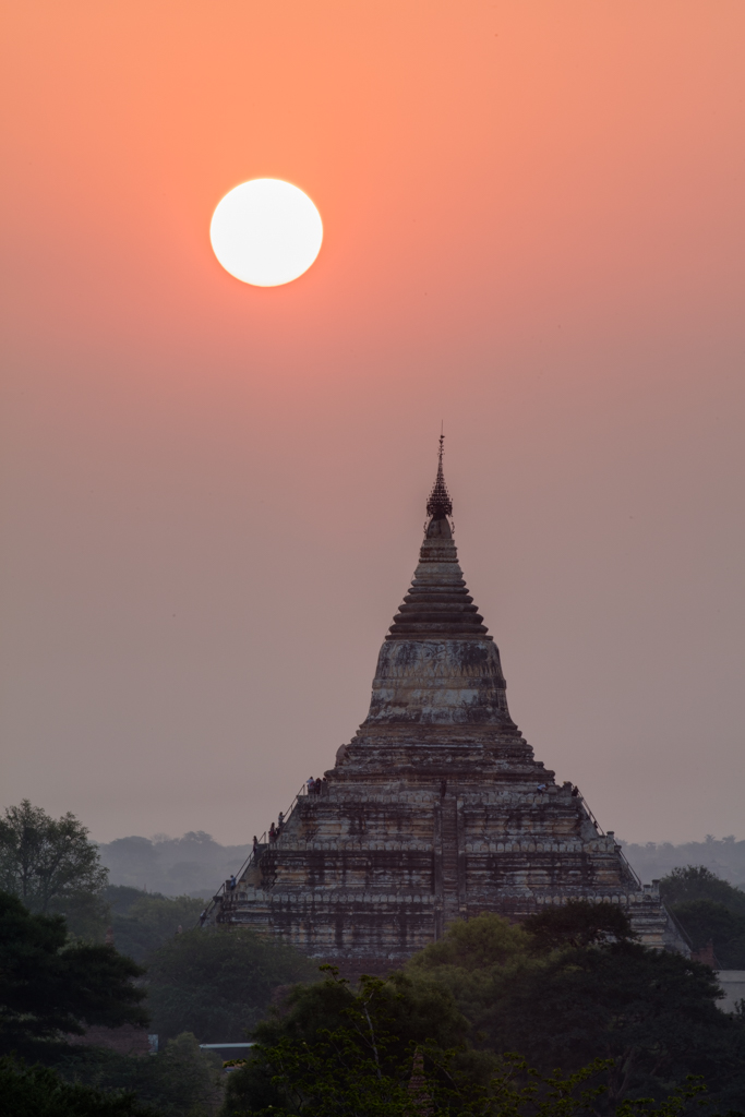 Sun above Sulamani temple