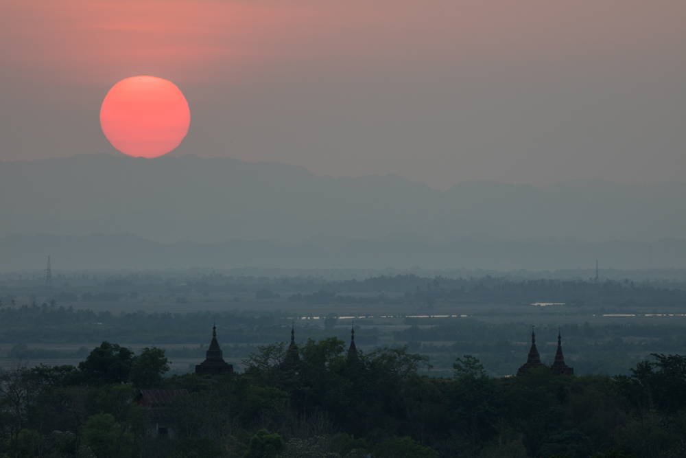 Sunset seen from Mrauk U