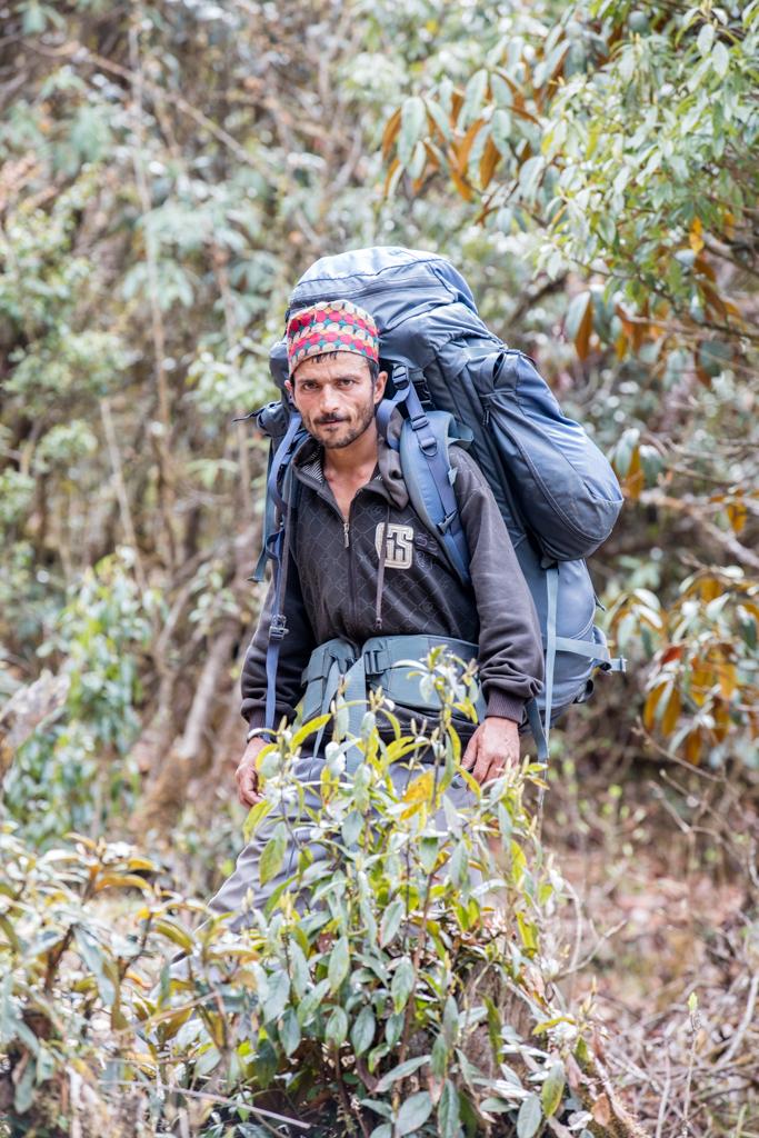 Porter from Shivalaya to Deorali Pass