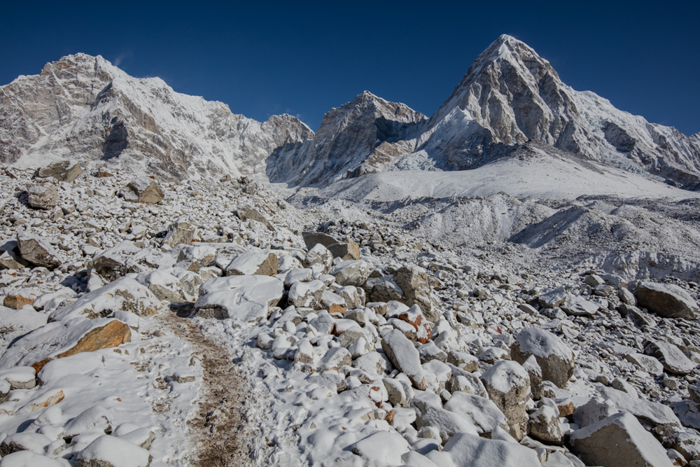 Route down from Kala Patthar