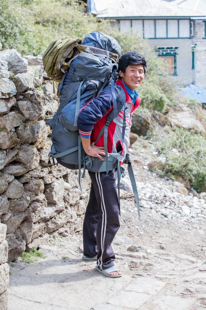Strong porter from Phakding to Lukla