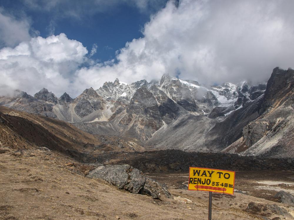 Route to Reno La (5350m)