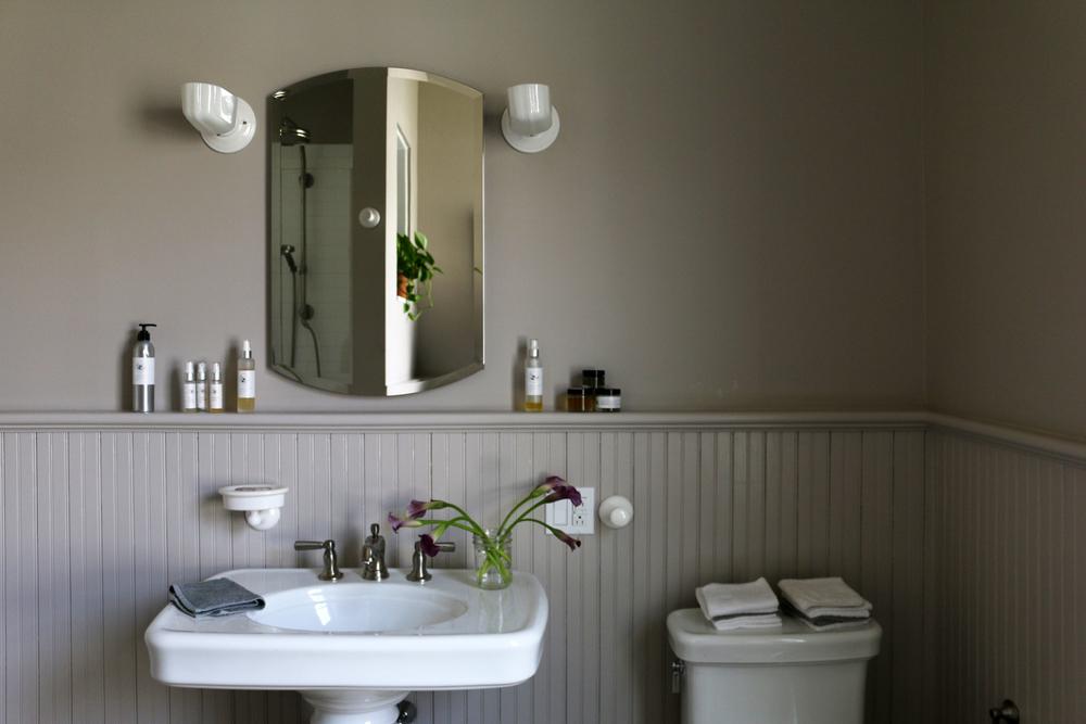 Bath_1-2.jpg