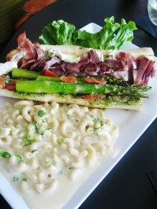 Asparagus Sandwich with Prosciutto