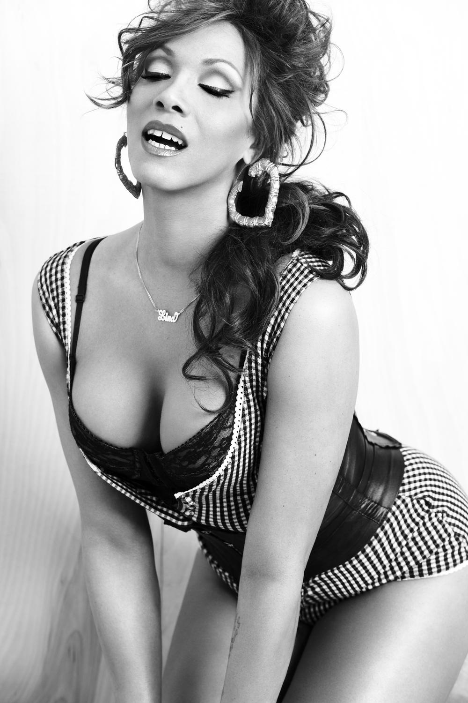 DJ Lina Bradford