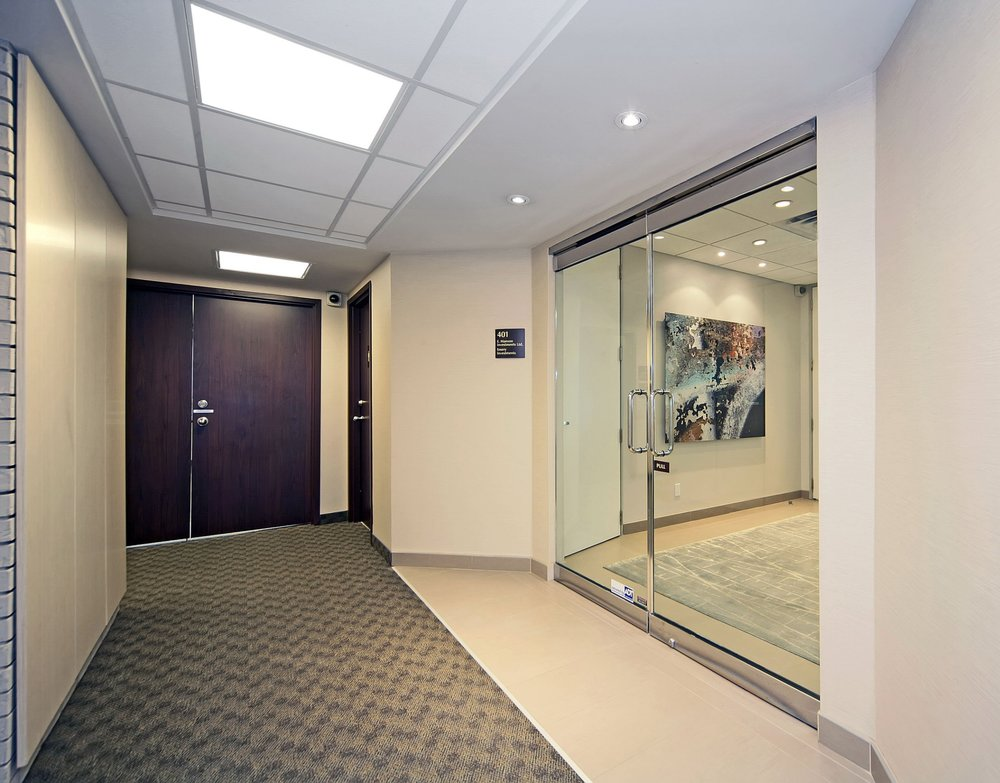 620 Wilson corridor.jpg