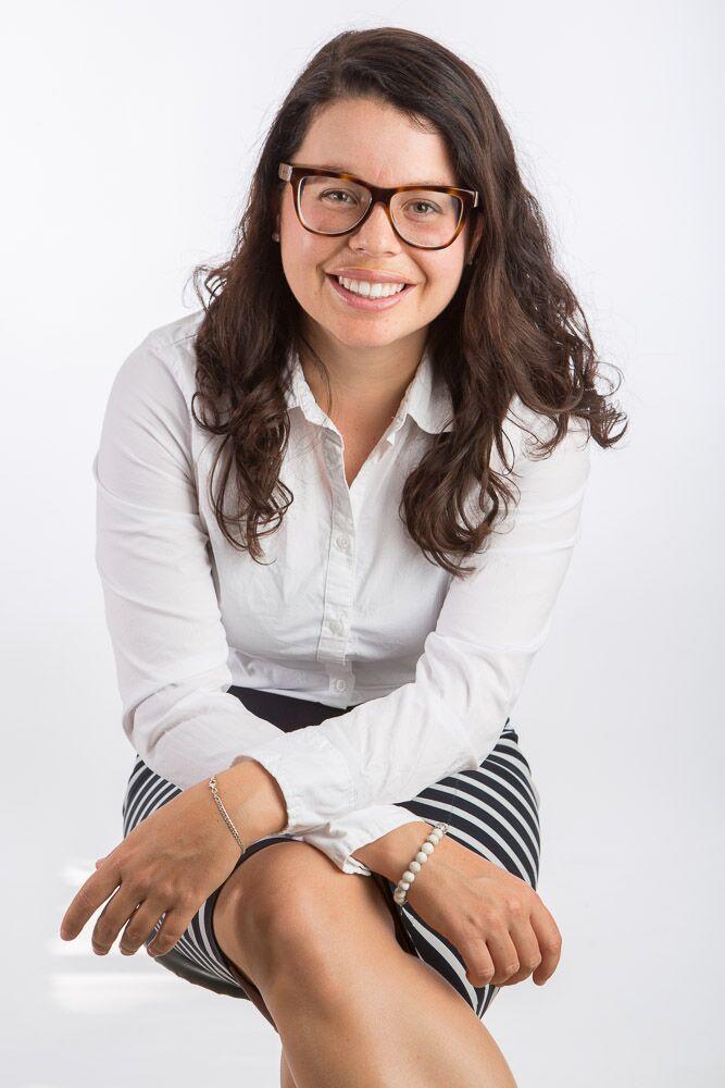 Amy   Hétu  LLM Candidate Université de Sherbrooke, Facultéde droit  Membre en règle du Barreau du Québec depuis 2015, Me Amy Hétu concentre sa pratique en droit de la consommation et en droit civil au sein de son entreprise l'Atelier de Justice Participative. Elle est étudiante à la maîtrise en Droit à l'Université de Sherbrooke où sa thèse portera sur le cadre juridique de l'étiquetage alimentaire au Canada et au Québec et la notion de consentement libre et éclairé lors de la formation d'un contrat. Me Hétu est également titulaire d'un baccalauréat en commercialisation et consacre quelques heures par mois à titre de juriste bénévole auprès de l'organisme Option-Consommateur.