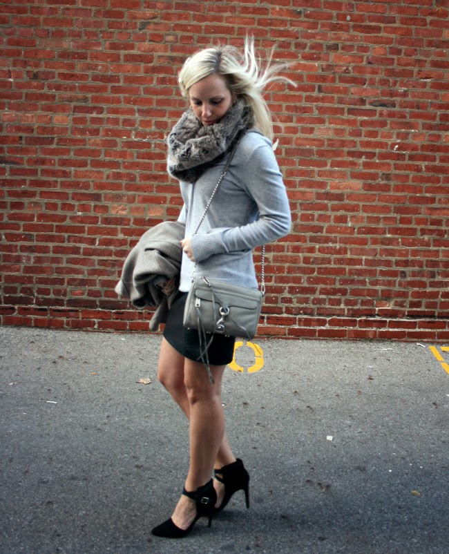 Casual+Classic.+fur+snood+10.jpg