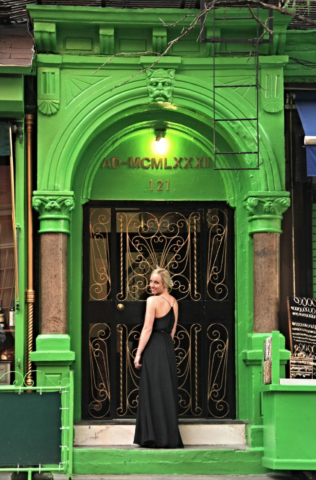 casual classic. green door