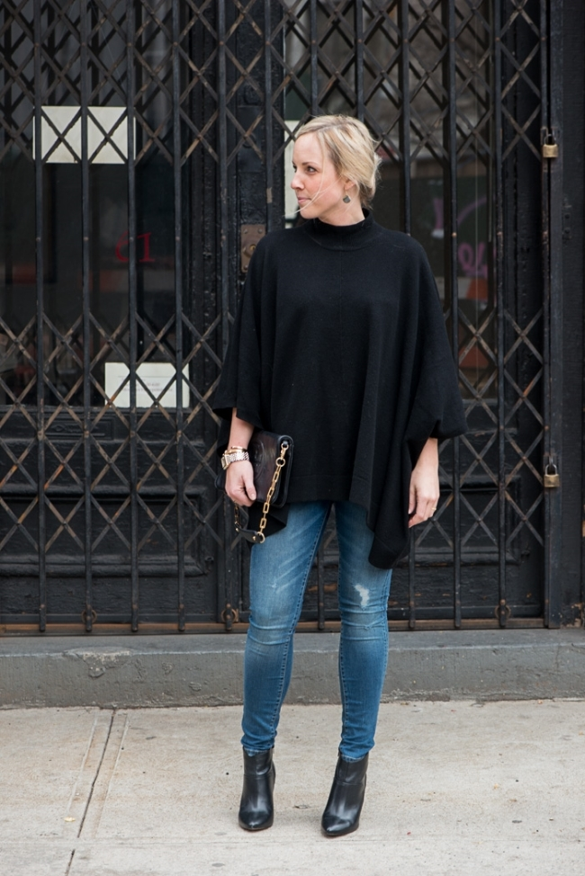 The Casual Classic | Theory Poncho