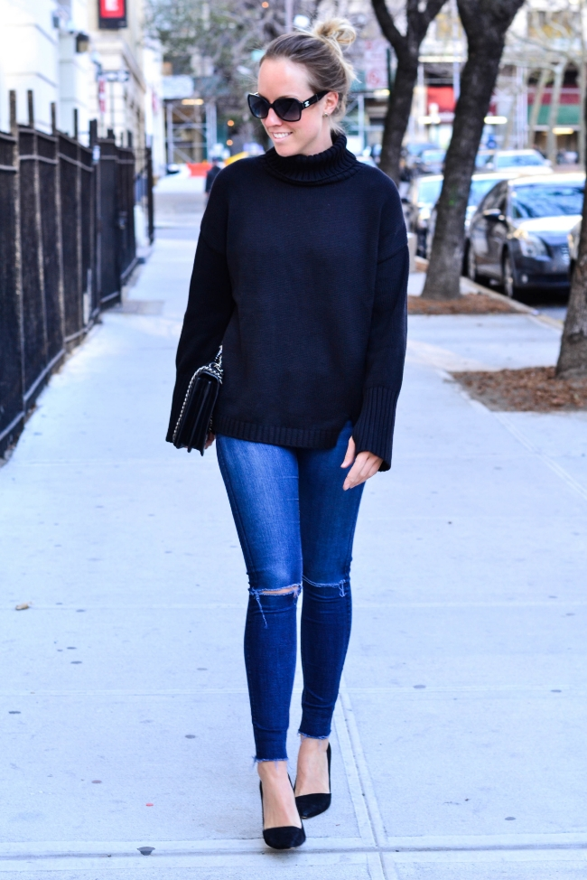 The Casual Classic | Turtleneck Sweater