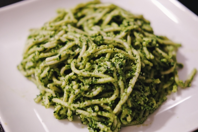 Hemp Seed Pesto Pasta // The Casual Classic