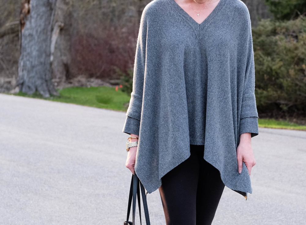 Vince Poncho // Casual Classic