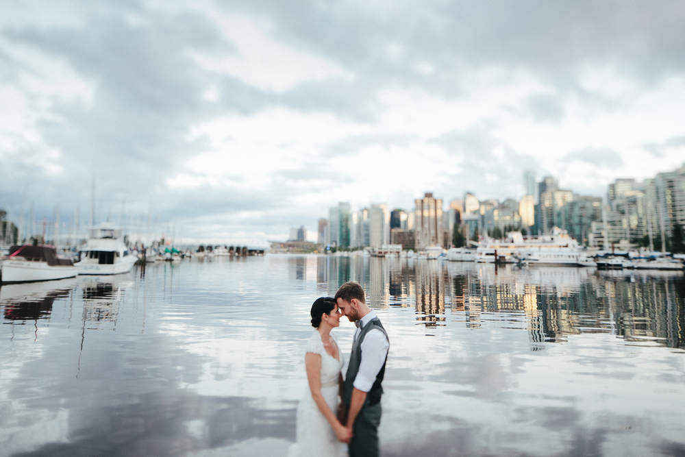 DANI + MARCEL      Weddings     Oceanside in Stanley Park
