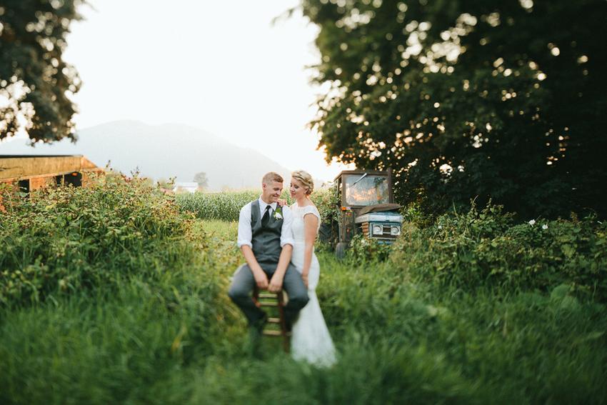 AMY + NICK Weddings A rustic farm romance