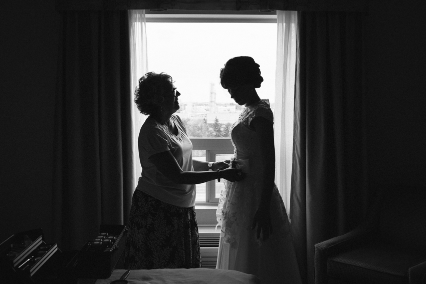 Edmonton_Wedding_Photographer_RC_010.jpg