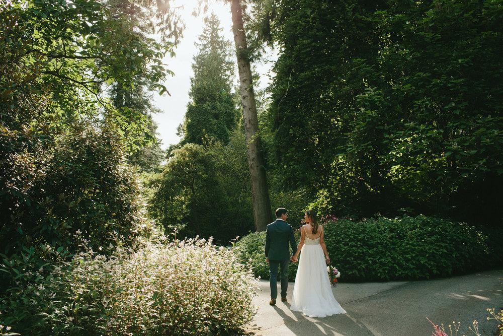 UBC-Botanical-Garden-Wedding-AD-071.jpg
