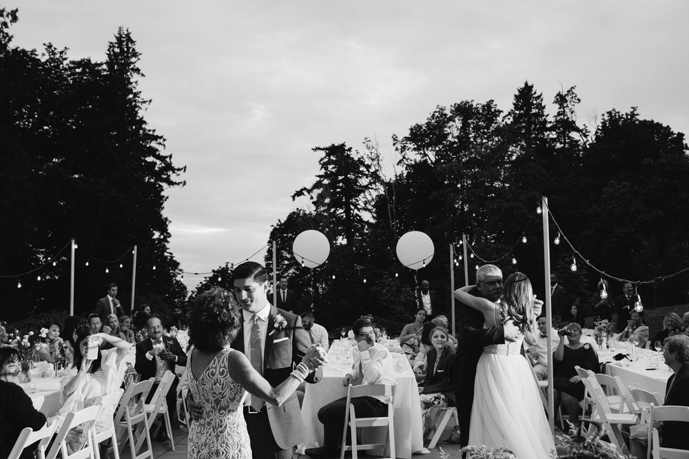 UBC-Botanical-Garden-Wedding-AD-143.jpg
