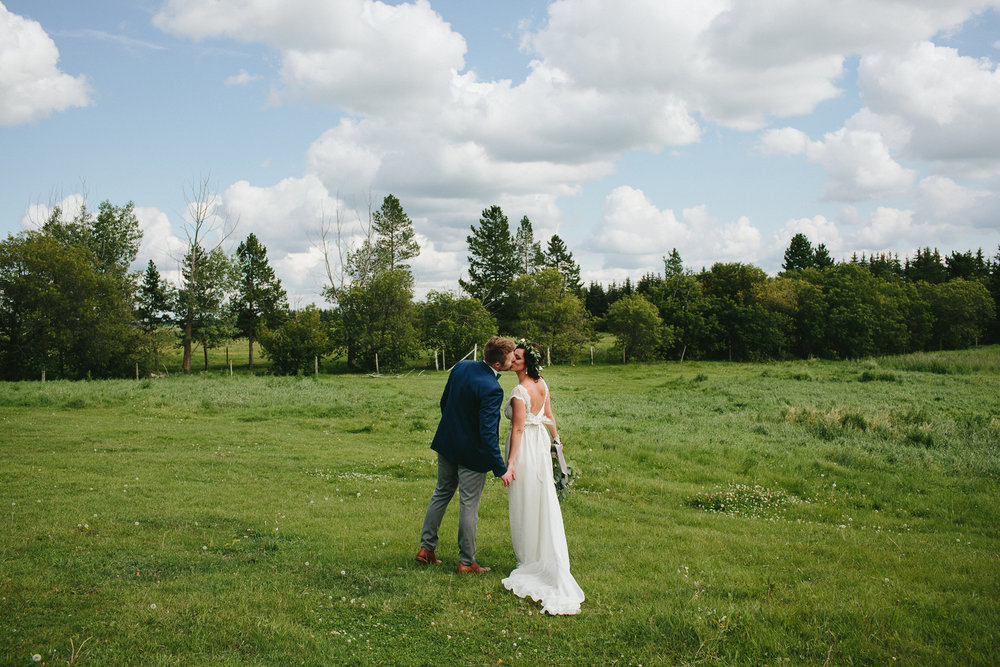 alberta-farm-wedding-photographer-rp-wj-076.jpg