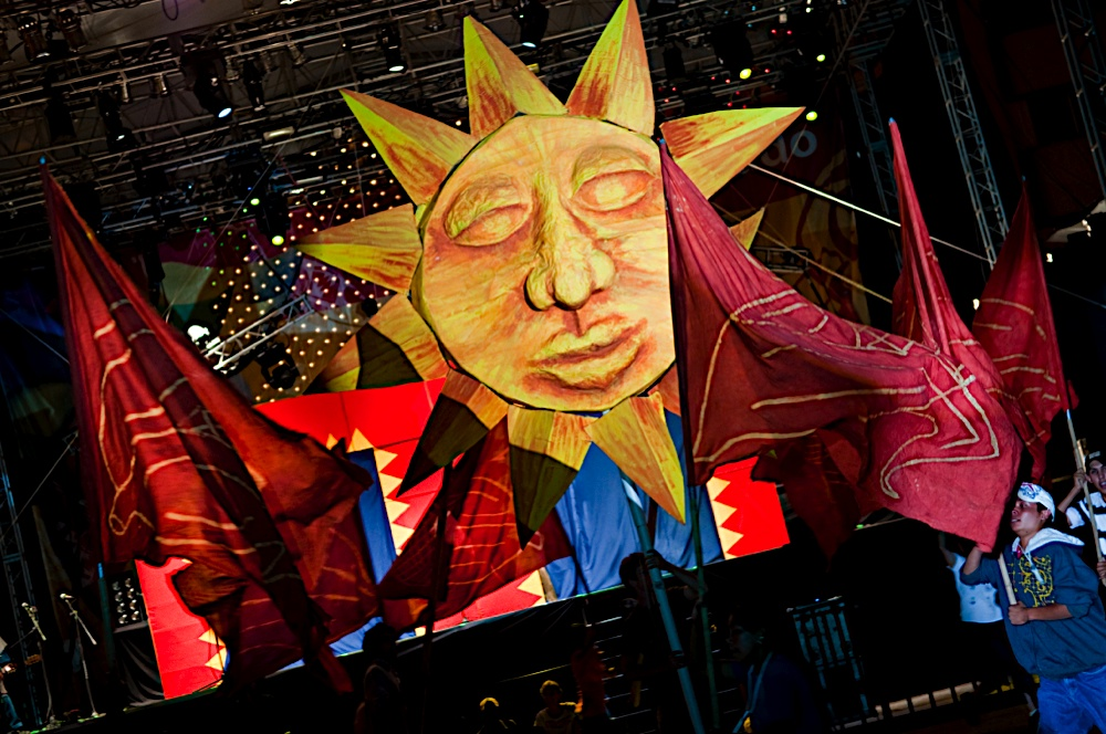 sunflags.jpg