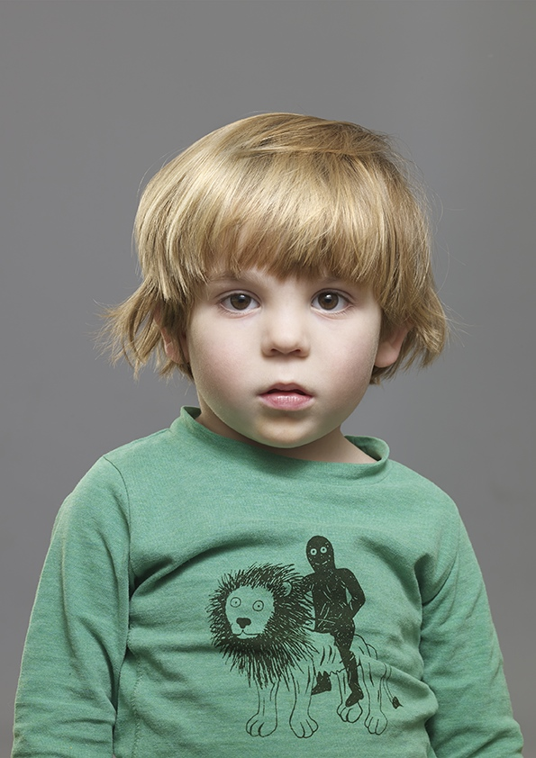 Kidscase green jumper. Cool clothing for boys and girls. Photography by Blommers and Schumm