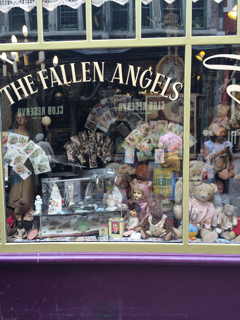 The Fallen Angels. pretty childrens shop in Ghent, Belgium
