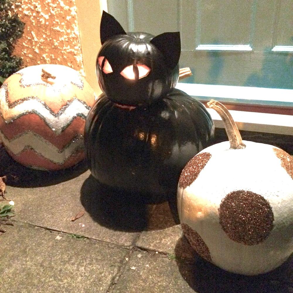 black cat, chevron stripe and glitter circles pumpkins