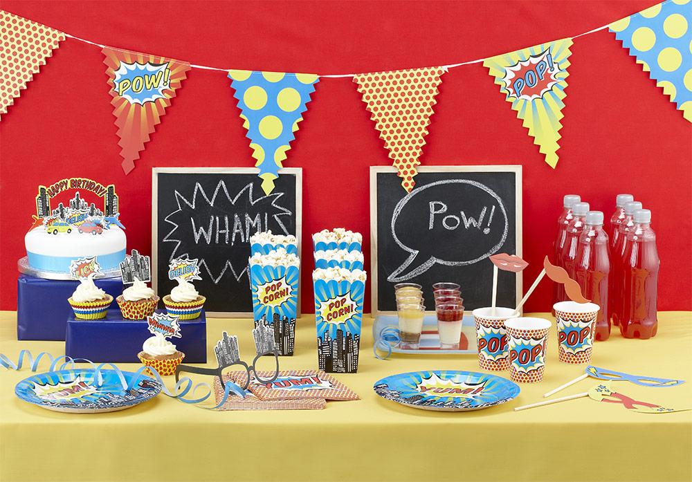 Superhero party theme supplies