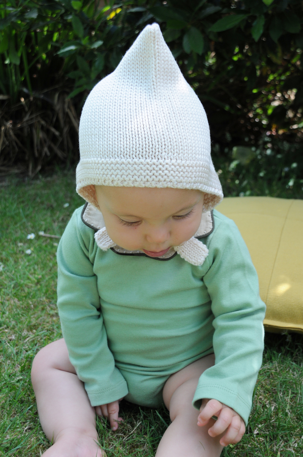 elfie london cream bonnet